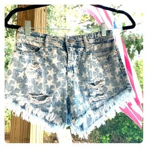 Size 00 Mossimo Distressed American flag shorts